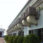 ống gió hình vuông dùng cho hệ thống thông gió làm mát nhà xưởng.