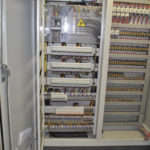 Tại sao cần phải sử dụng máy làm mát cho tủ điện?